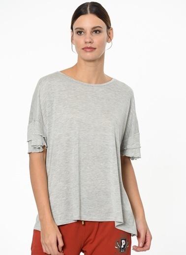 Fashion Friends Kolları Volanlı Tişört Gri